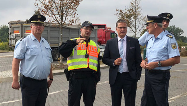 Jens Koeppen bei der Bundespolizeiinspektion in Angermünde