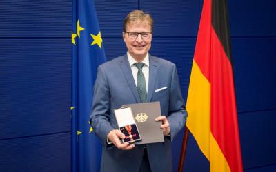 Jens Koeppen mit dem Bundesverdienstkreuz ausgezeichnet
